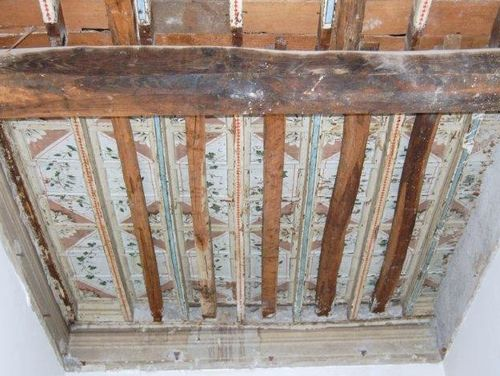 Restauro soffitti e pareti laura zanello - Decorazioni in legno per pareti ...